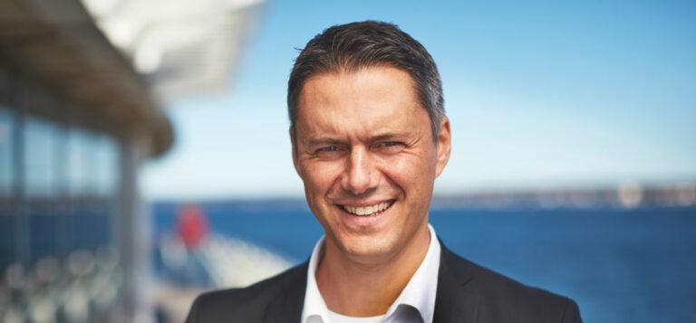 Bart Steijaert, vd, Helsingborgs Hamn, hav och himmel i bakgrunden