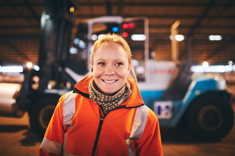 Picture of a smiling girl working in Port of Helsingborg